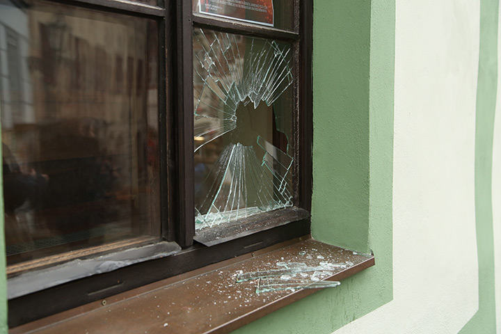 A2B Glass are able to board up broken windows while they are being repaired in Thamesmead.